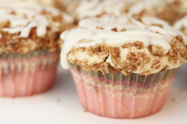 Coffee Cake Cupcakes | Cakes, CakePops, Cupcakes | Pinterest | Coffee ...