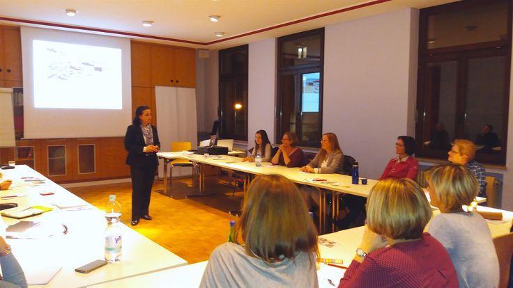Beim Vortrag im Unternehmerinnen Netzwerk Aschaffenburg - 14.11.2016 - vielen Dank an das Power-Team!