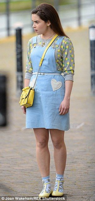 Lou is so adorable. I can't. Emilia Clarke unrecognisable as she films Me Before You with Matthew Lewis | Daily Mail Online