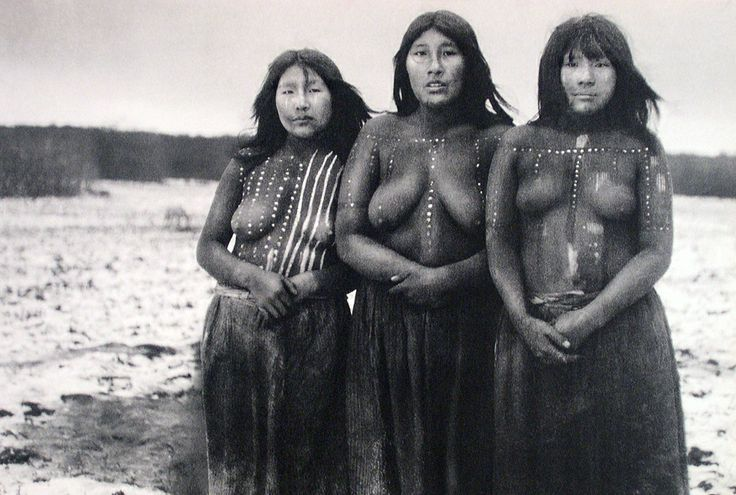 A hauntingly beautiful portrait of Selk´nam women, Native Americans of Tierra del Fuego, Chile. This tribe of indigenous people were wiped out by genocide with settlement of their land by sheep ranches in the late 19th & early 20th centuries. The last Selk'nam tribe member died in 1974.