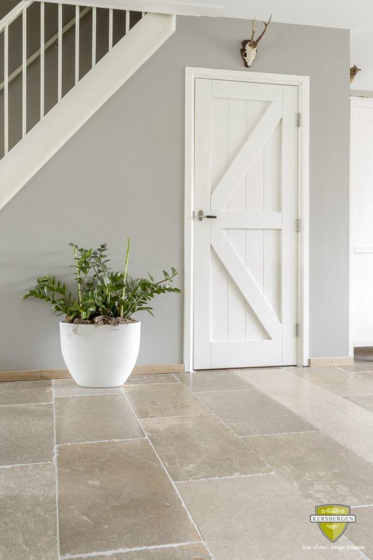 Bourgondische dallen Gris Fonc? | French limestone flooring | Kersbergen.nl