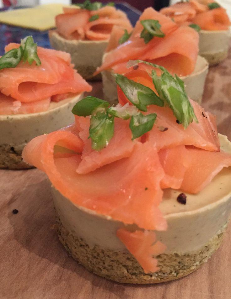 Mousse de cilantro con albahaca y salmon ahumado