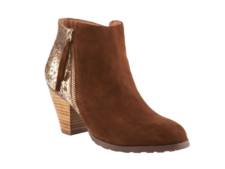 Mi Piaci Sabotage $260 http://www.mipiaci.co.nz/product-display-87.aspx?CategoryId=0&ProductId=4843&Colour=Brown%20Suede/Glitter