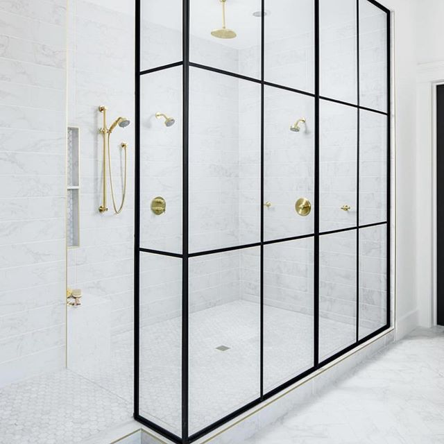 DREAM shower alert! We were OBSESSED with this stunning marble and gold mansion of a shower when we toured the amazing custom home by @aft_construction and @einteriors.design in Gilbert, AZ! The gold schluter trim is EVERYTHING! I am counting down the days until I can shower again (that sounds bad! Don't worry, I am taking several baths a day with this broken foot! 😆) and I am dying to renovate our master bathroom! First, heal the foot, 2nd birth this little boy, 3rd bathroom reno! Haha! A…