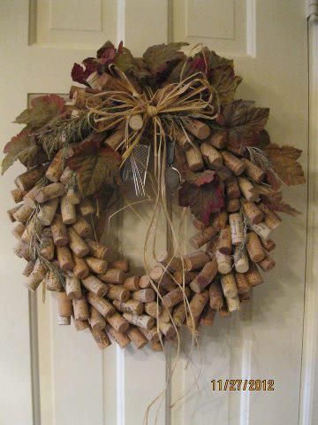 Cork Wreath-use toothpicks and straw wreath