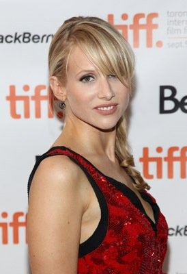 Lucy Punch- love her!