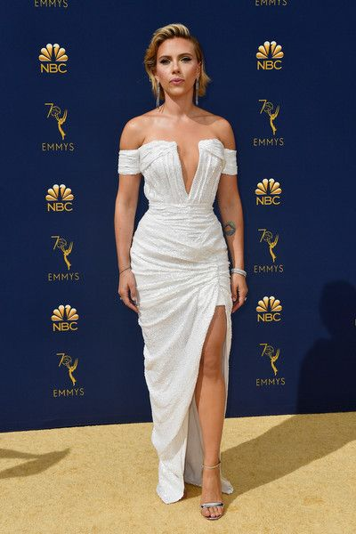 c61191615c0 Scarlett Johansson In Balmain At The Emmy Awards - The Most Daring Red  Carpet Dresses of 2018 - Photos