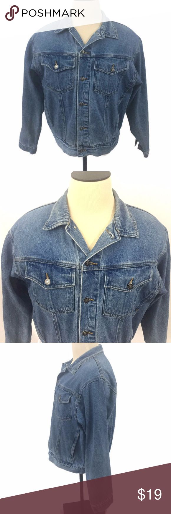 Mens Jean Jacket Vintage Unlined Vintage Saugatuck Dry Goods Company Ltd Blue Jean Jacket Mens Size Large Metal Buttons  2 Front Button Close Chest Pockets Jacket is in very good condition.  There are no rips, tears or stains  Approximate Measurements:  Chest 48 Inches / 121.92 cm Shoulder to Hem 25 Inches / 63.5 cm Shoulder to Shoulder 21 Inches / 53.35 cm Waist Circumference 42 Inches / 106.68 cm Saugatuck Jackets & Coats