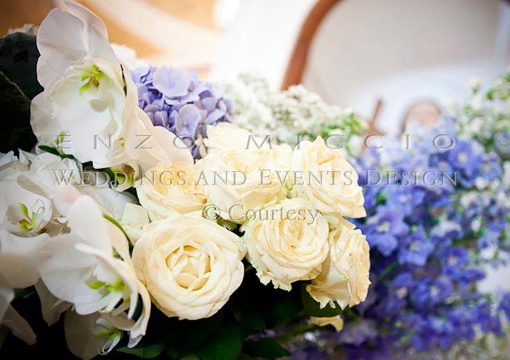 Wedding in Ischia #wedding #ischia #weddingplanner #weddingdress #enzomiccio #weddingcake #magicatmosphere #sea #flowers #roses