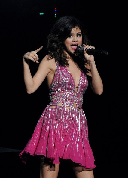 """selena gomez concerts  