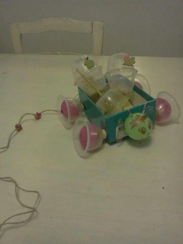 Carrito de juegos de reciclar