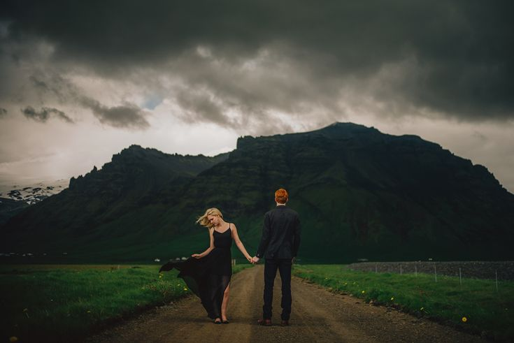 I want to re-create this photo for engagement photos....haha, Iceland anyone?