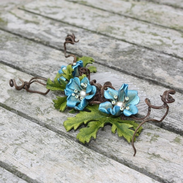 Tangled floral haircomb - turquoise £29.00