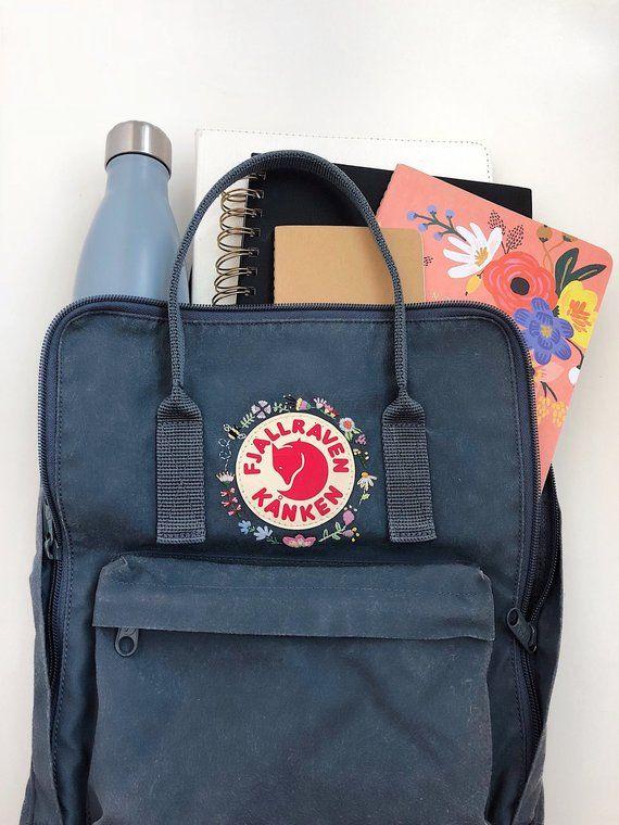 neues Design billig werden verschiedene Stile Fjallraven Kanken (Graphite) Embroidered Backpack ...