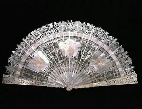 Mid-eighteenth century mother-of-pearl fan from the V&A Museum. Stunning!!