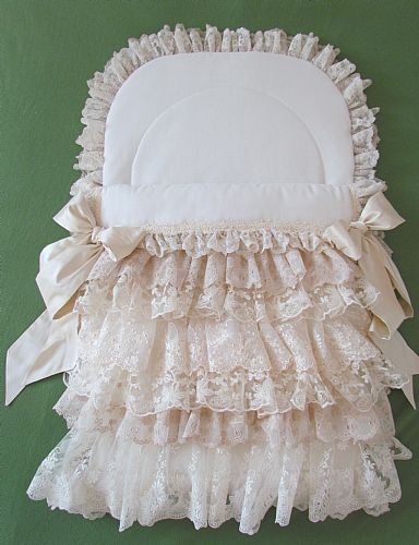 Lace baby pouch