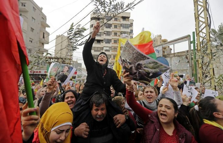 Lebanese Kurds demonstrate on February 5, 2018 in front of the US embassy north of Beirut to protest the Turkish offensive in the Syrian Kurdish enclave of Afrin (AFP Photo/JOSEPH EID)
