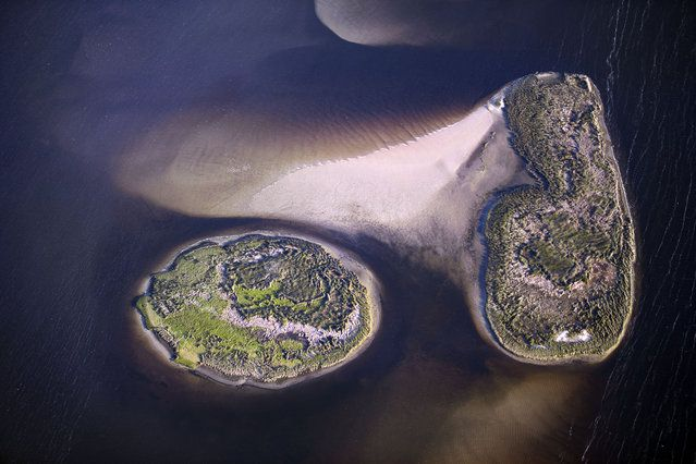 United State From The Air: Islands in Northwestern Florida | www.piclectica.com #piclectica