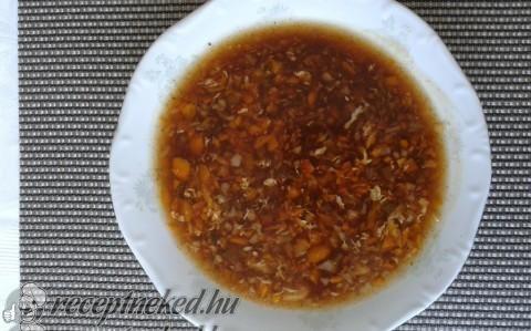 Savanyú-csípős kínai leves recept fotóval