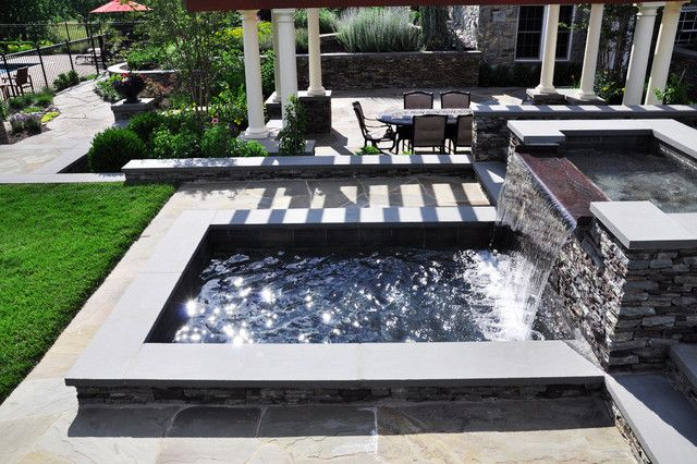 Soothes and attracts outdoor landscape.