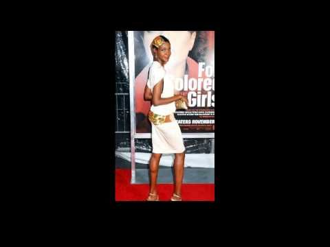 Roshumba Williams NYC movie premiere of For Colored Girls at the Ziegfeld Theatre - - http://maxblog.com/8517/roshumba-williams-nyc-movie-premiere-of-for-colored-girls-at-the-ziegfeld-theatre/