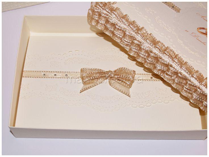 biglietto portasoldi coordinato con scatola e busta per il matrimonio di Andrea e Barbara