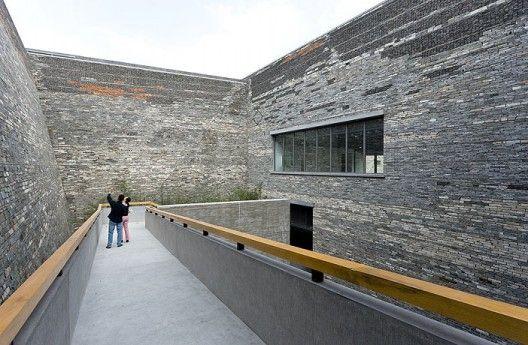Ningbo Historic Museum / Wang Shu, Amateur Architecture Studio (15) © Iwan Baan