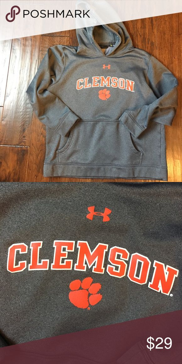 ❤️️❤️️LAST CHANCE! Under Armour Clemson Hoodie L This Hoodie is in great shape.  Looks hardly worn!  Support the 2016 National Championship Team! Under Armour Shirts & Tops Sweatshirts & Hoodies