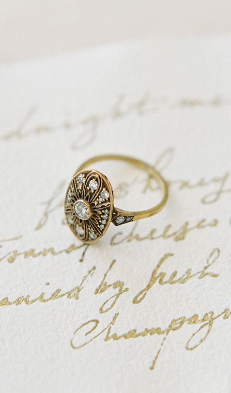 LOVE this gold vintage-inspired engagement ring! Shop TrumpetandHorn.com for more vintage rings // Photo by Jen Huang