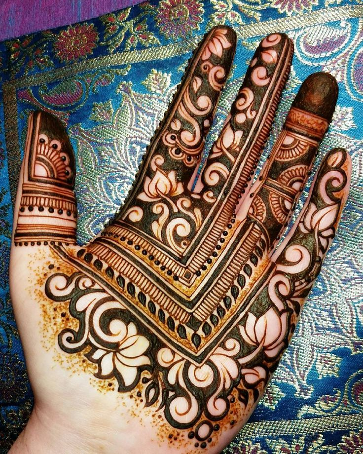 25+ Best Ideas About Mehndi Simple On Pinterest | Simple Mehndi Patterns Henna Flower Designs ...