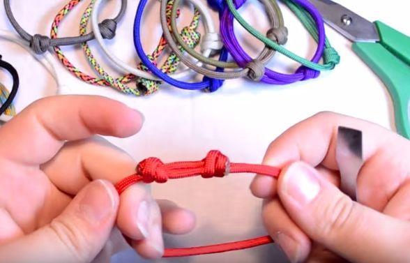 Come fare un nodo scorrevole per collane e bracciali
