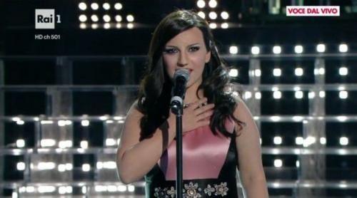 Spettacoli: Tale e quale #show 6 Deborah Iurato imita Laura Pausini (video) (link: http://ift.tt/2ecnaCR )