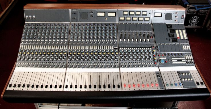 neve 5300 24 channel console used used vintage consoles used vintage consoles mixers. Black Bedroom Furniture Sets. Home Design Ideas