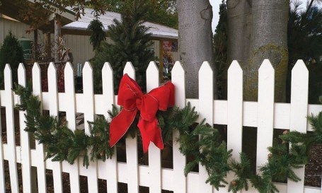 Decorated fences christmas decor pinterest products for Fence ornaments ideas