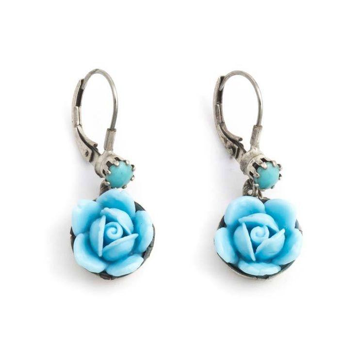 Prachtige art nouveau stijl turquoise blauwe oorbellen met roosjes in retro vintage stijl.