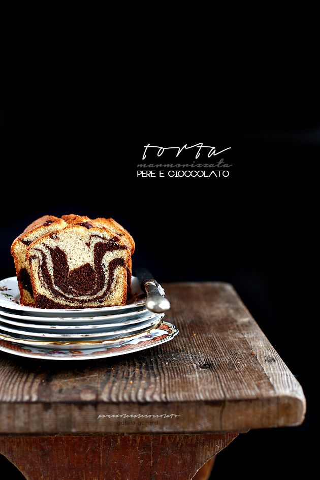 Torta marmorizzata alle pere e cioccolato (senza burro) -Marble cake with pears and chocolate