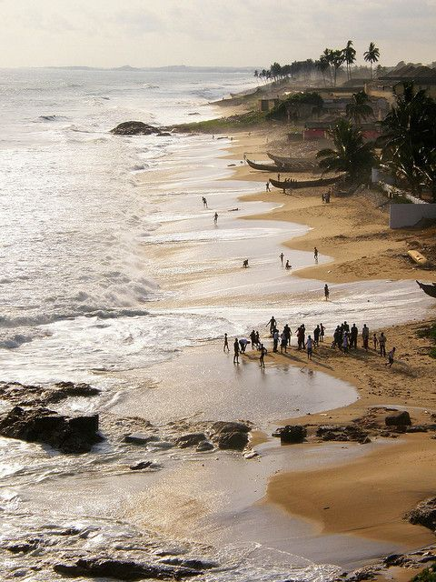 travelingcolors:    Cape Coast beach | Ghana (by Amalfia)