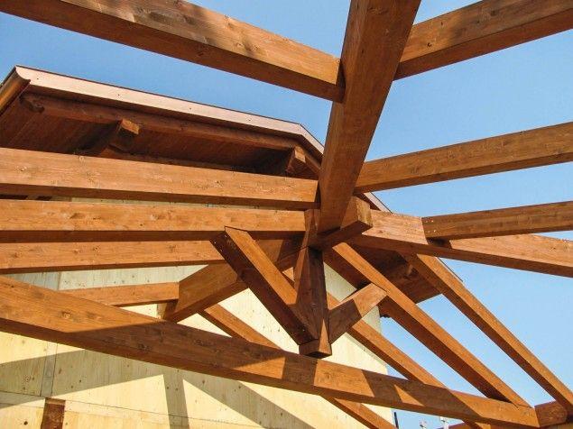 Tetto villa unifamiliare in legno