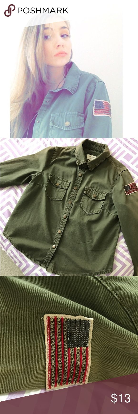 Army Style Button Down Utility Jacket This cute army style utility button down shirt has two pockets and the cutest American flag decoration on the left arm. Lightly worn and can be used as a jacket when buttons are left open Forever 21 Tops Button Down Shirts