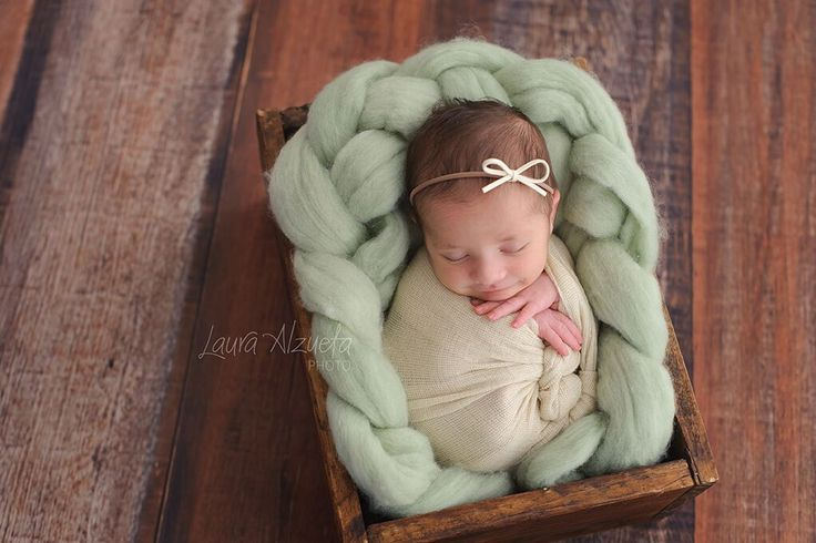 fotos newborn_Luisa_Laura Alzueta_002  Hoje tem artigo que escrevi no blog da @fhox sobre a presença masculina na fotografia newborn. Confiram!!