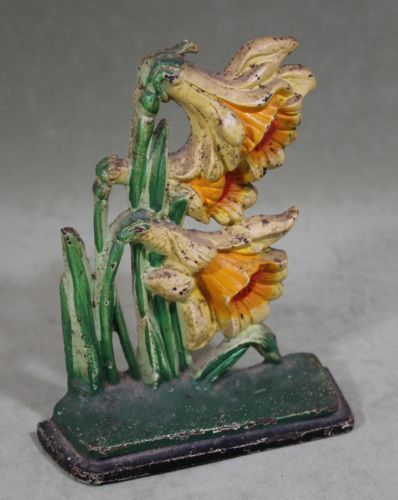 Antique HUBLEY Cast Iron Jonquils Daffodils Flower #453 Doorstop, NR sold on ebay in January 2014 for $237.06