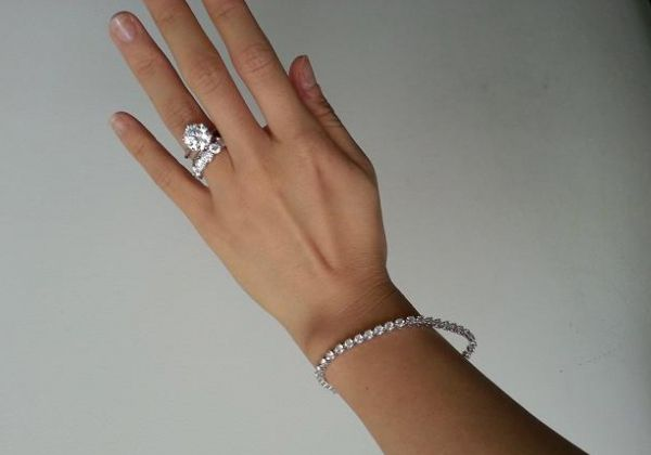 3.98-carat round diamond ring posted by Bliss