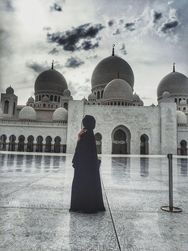 #abudhabi #sheikhzayedmosque #travel #aroundtheworld #fashionstyle #architecture #photography