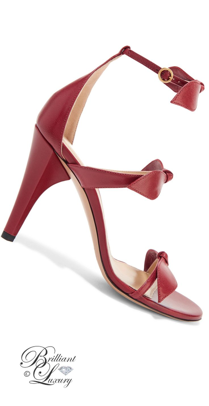 Brilliant Luxury by Emmy DE ♦Chloé Bow-embellished leather sandals