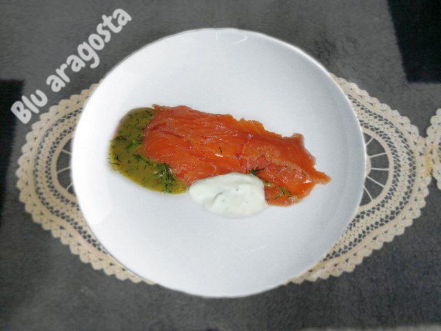 Blu aragosta: Salmone marinato svedese (gravad lax o gravlax)