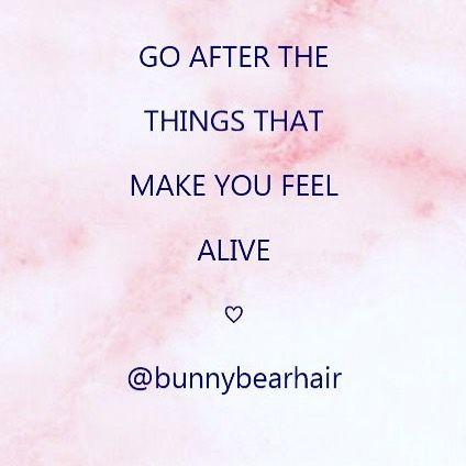 Friday Night Fever #friday #blackfriday #fridayfeels #fridayfeeling #fridayfeelsgood #feelingalive #alive #friyay #feelsgood #quotes #qotd #hairoftheday #hotd #instahair #hairofinstagram #longhair #hairextensions #mermaidhair #mermaidbraid #clipinhair #tapehairextensions #clipins #hairextension #russianhair #tapeinextensions #hairlover #longhairextensions #bighair #bighairdontcare #hairpainting @bunnybearhair