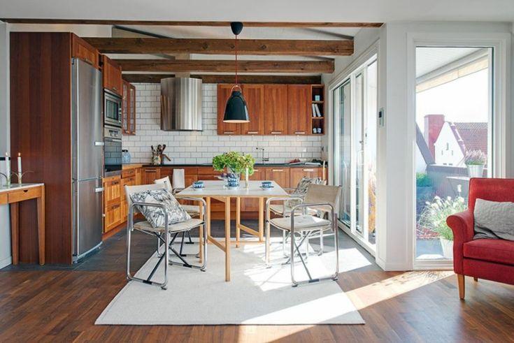 cocina moderna con muebles de madera