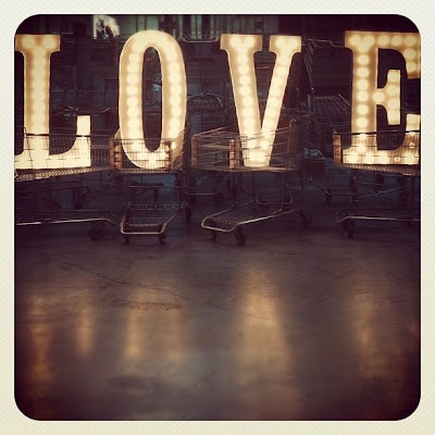 Shoppin' Love.: Lights, Glamorous Chic, Signs, Beautiful Inspiration, Heart, Salve, Stuff, Chic Life, Valentines Day