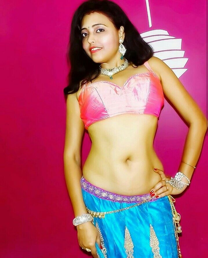 Beautiful Girl In The World Nude Picture