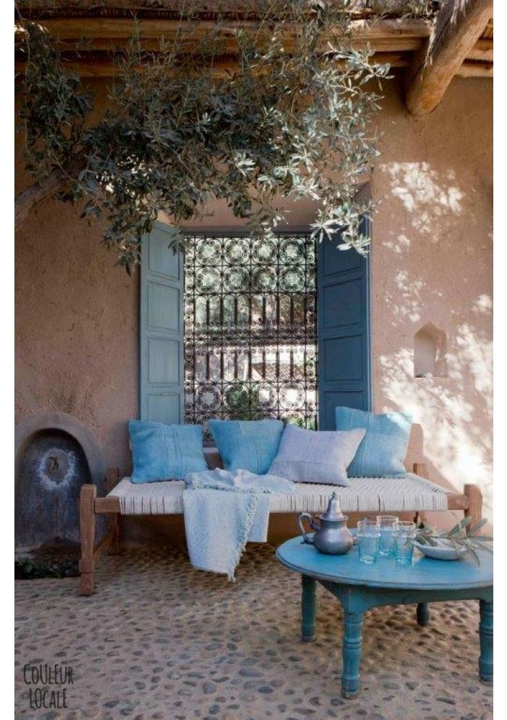 La terrasse explore le bleu turquoise · surf decorbohemian